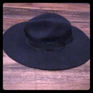 Black Felt Hat with Ribbon